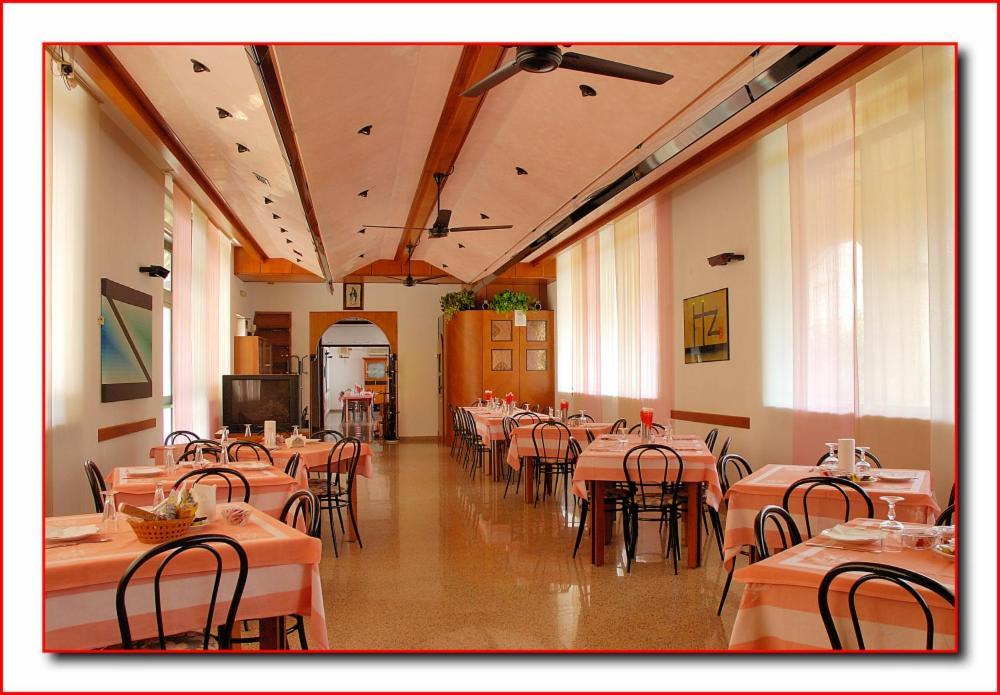 Hotels In Altissimo Veneto