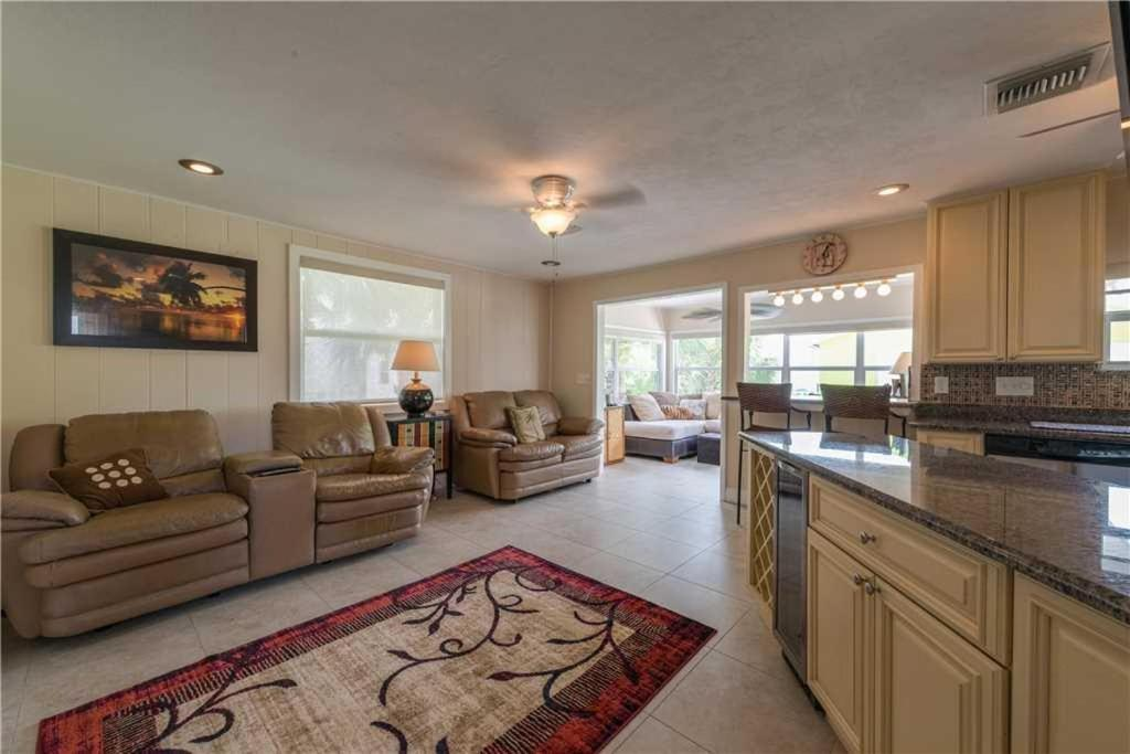 Vacation Home Gulf Beauty   Two Bedroom Home   646, Fort Myers Beach, FL    Booking.com