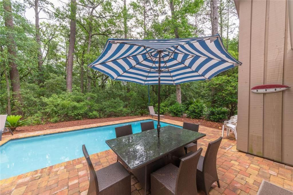 Vacation Home Lawton Road Three Bedroom 10 Hilton Head Island Sc Booking