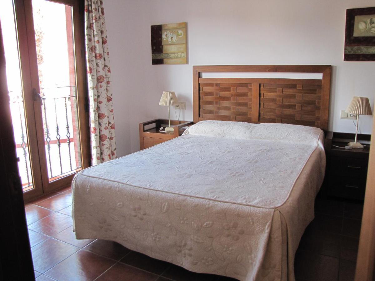 Hotels In El Pozo Del Cabo Andalucía
