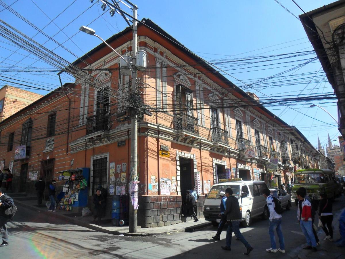Hostels In Mojón De Lima