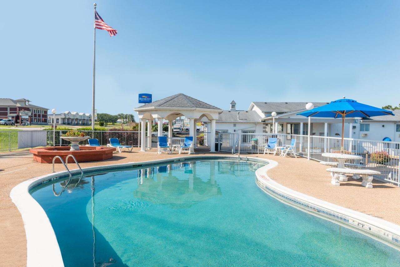 Hotels In Damsel Missouri