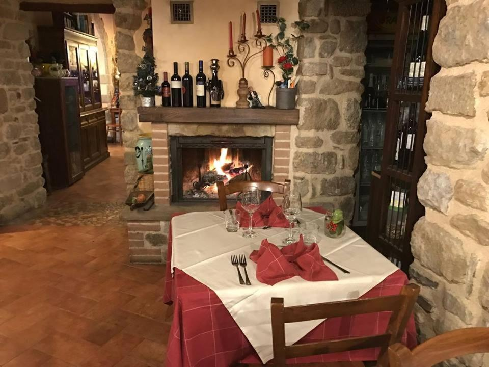 Guest Houses In  Montepetra  Emilia-romagna
