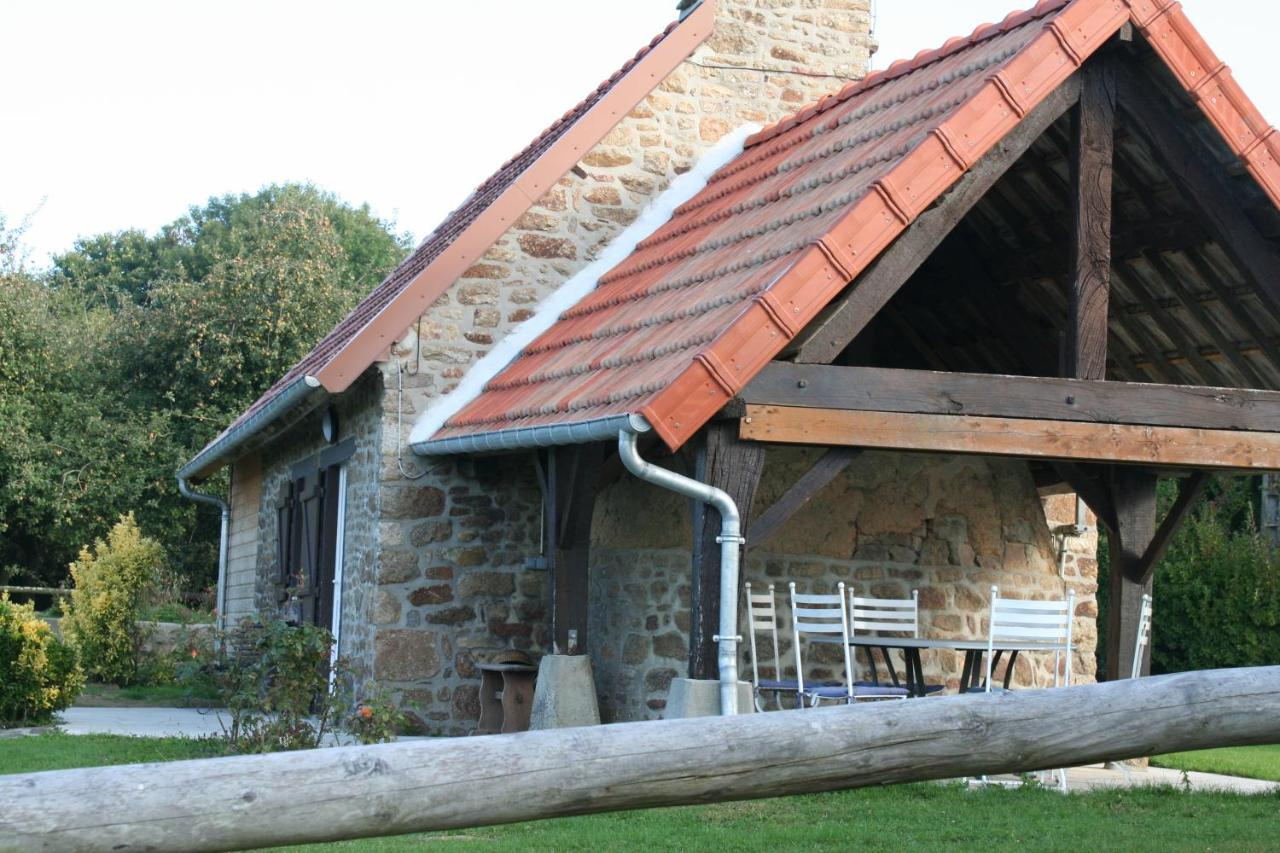 Guest Houses In Perriers-en-beauficel Lower Normandy