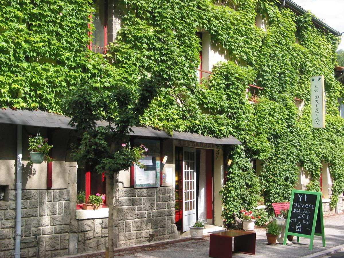Hotels In Olloix Auvergne