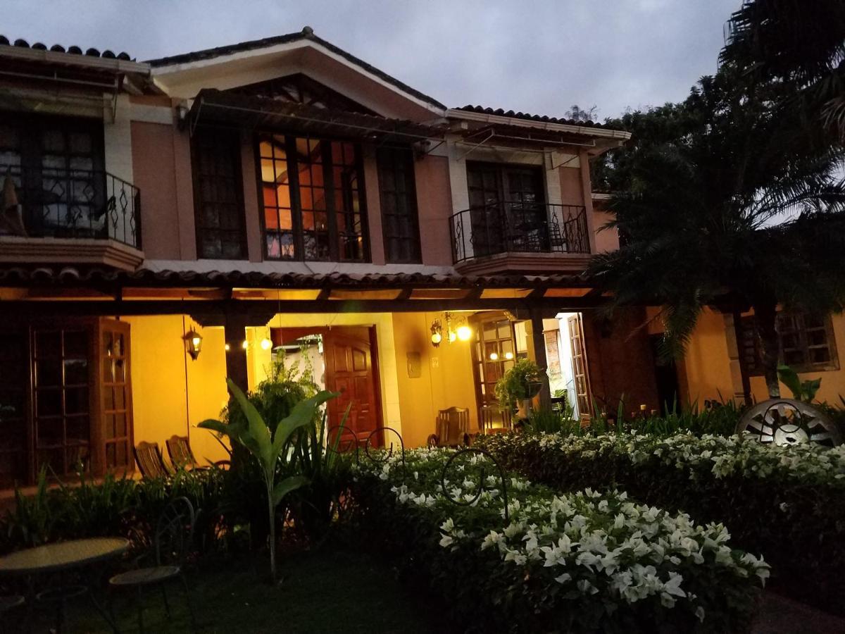 Hotels In Comarca Los Madrigales Managua Region