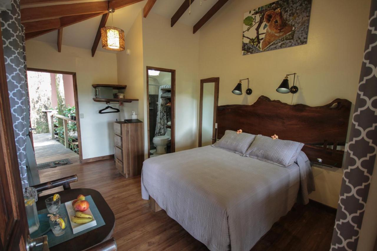 Camping Om Suite Om Cabinas (Costa Rica Dominical) - Booking.com