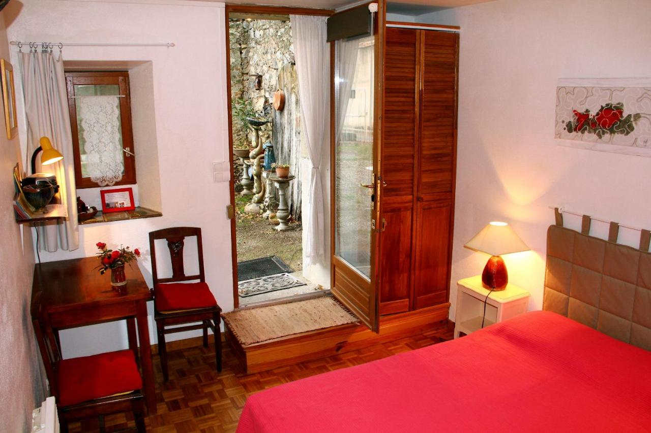 Guest Houses In Rieussec Languedoc-roussillon