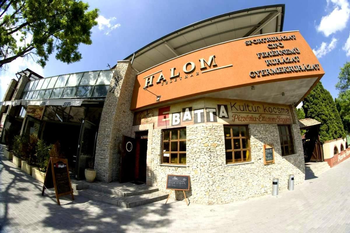 d343d0491a Halom Apartmans (Magyarország Százhalombatta) - Booking.com