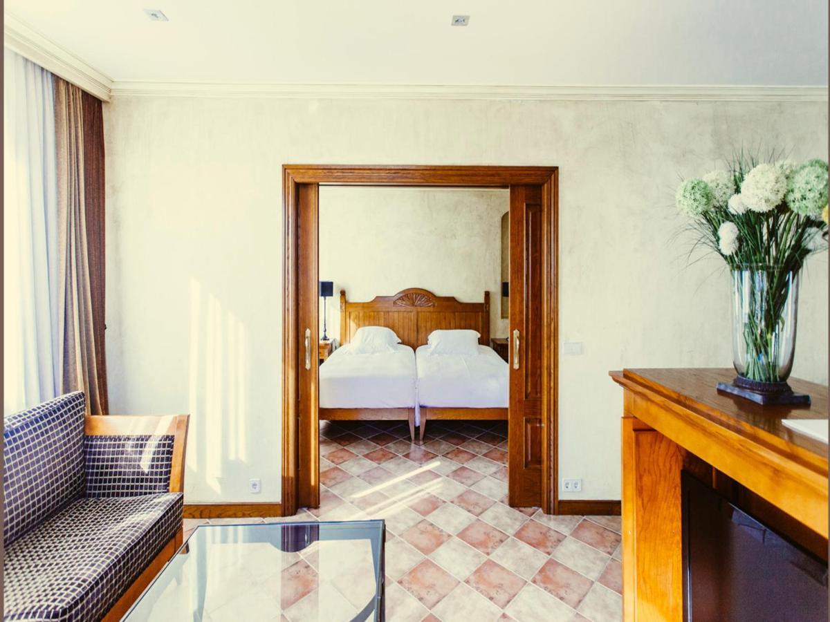 Hotel Maher Cintrunigo Spain