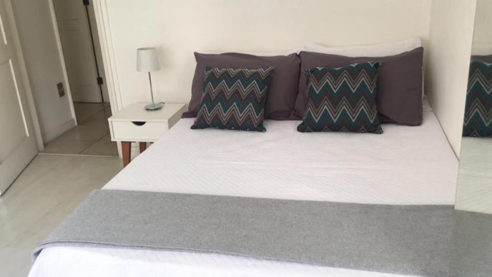 Bed And Breakfasts In Leme Rio De Janeiro State