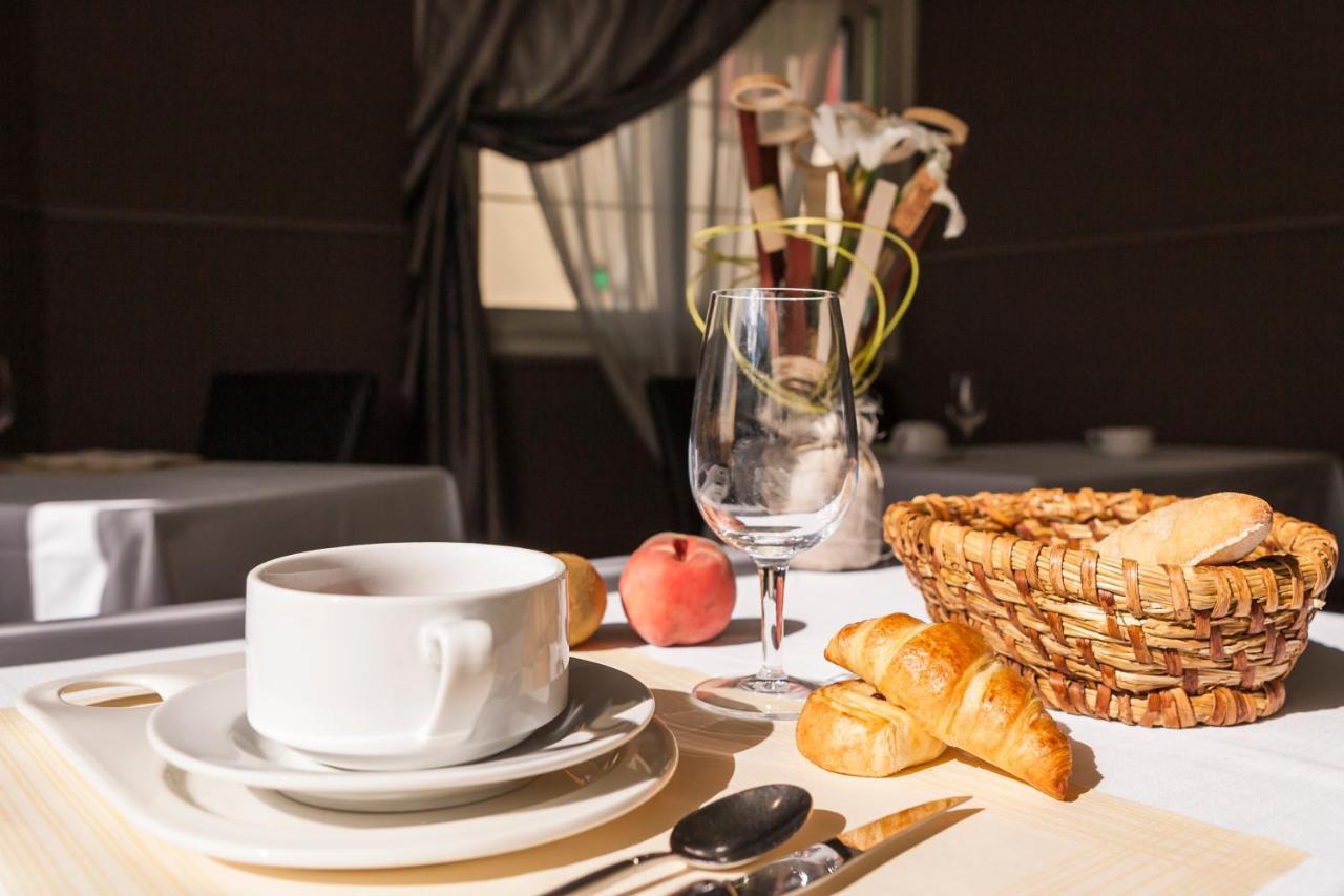 Hotels In Saint-georges-sur-erve Pays De La Loire