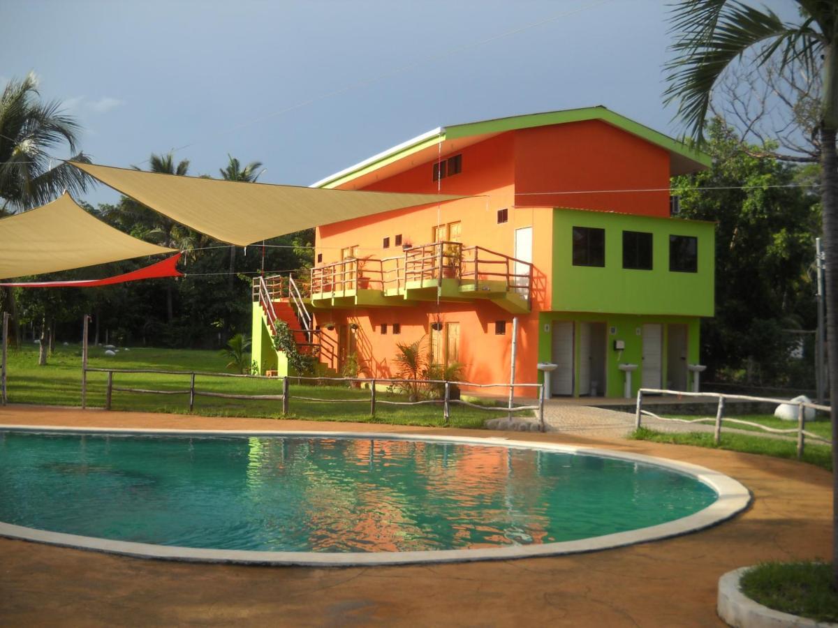 Hotels In El Níspero La Libertad Department