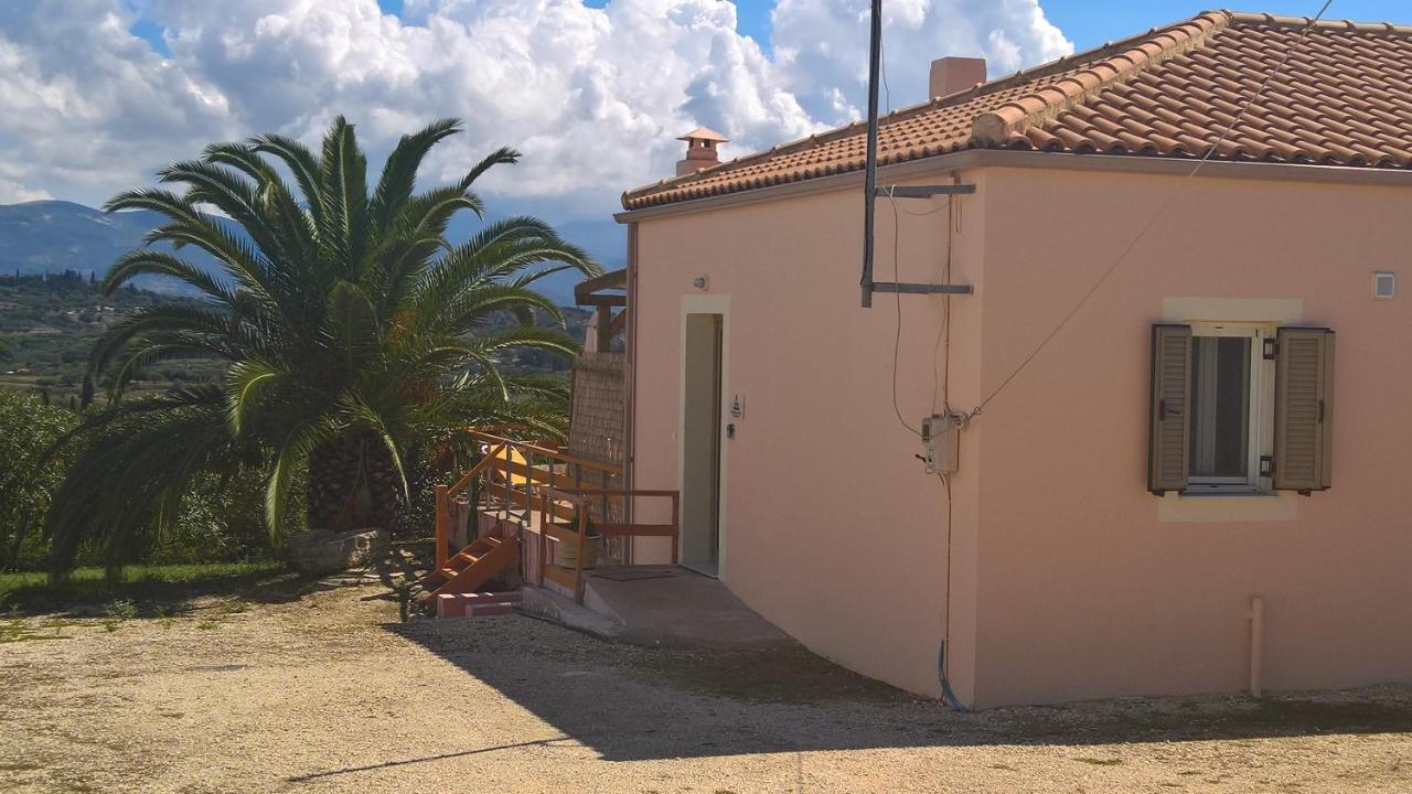 Villa Karavaki, Lixouri, Greece - Booking.com