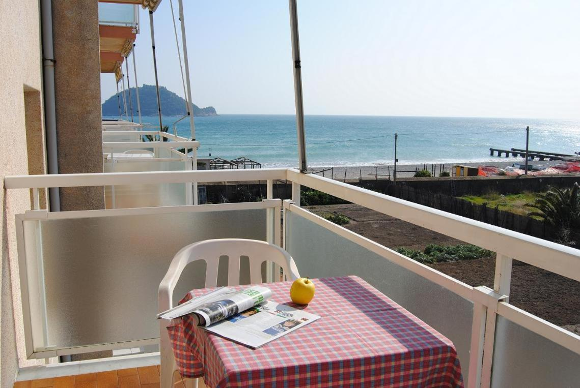 Buy a house in Albenga sea inexpensively
