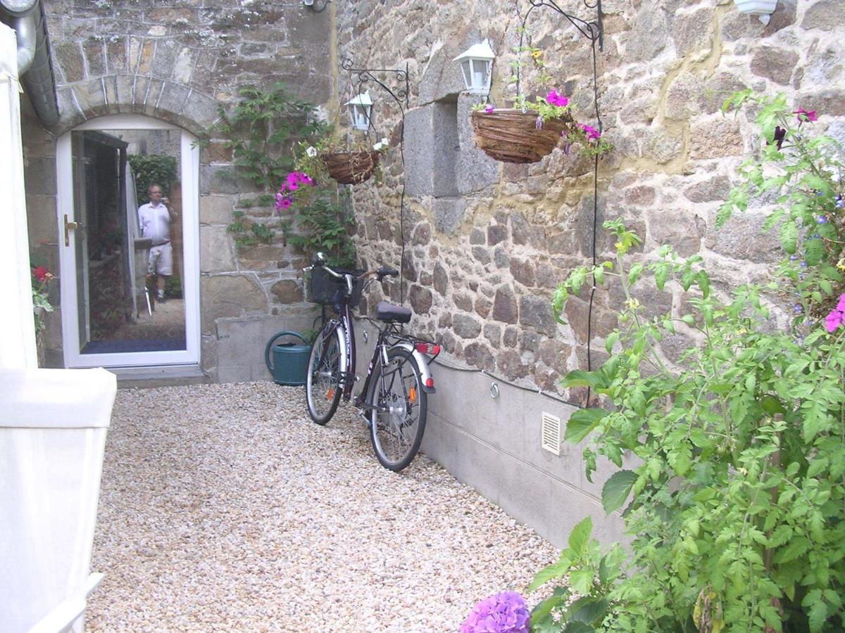 Bed And Breakfasts In Saint-james Brittany