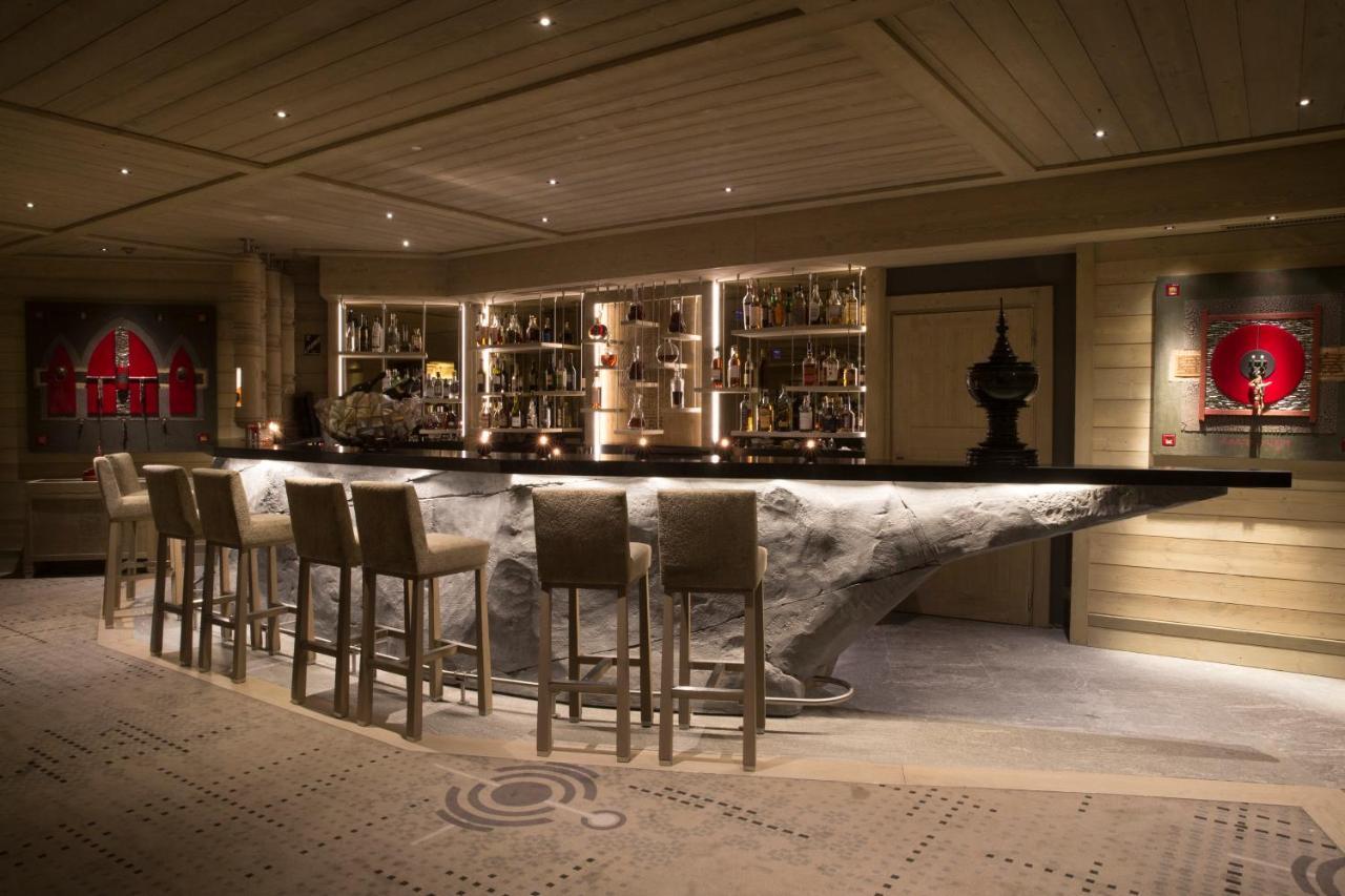 Hotel Le K2 Altitude, Courchevel, France - Booking.com