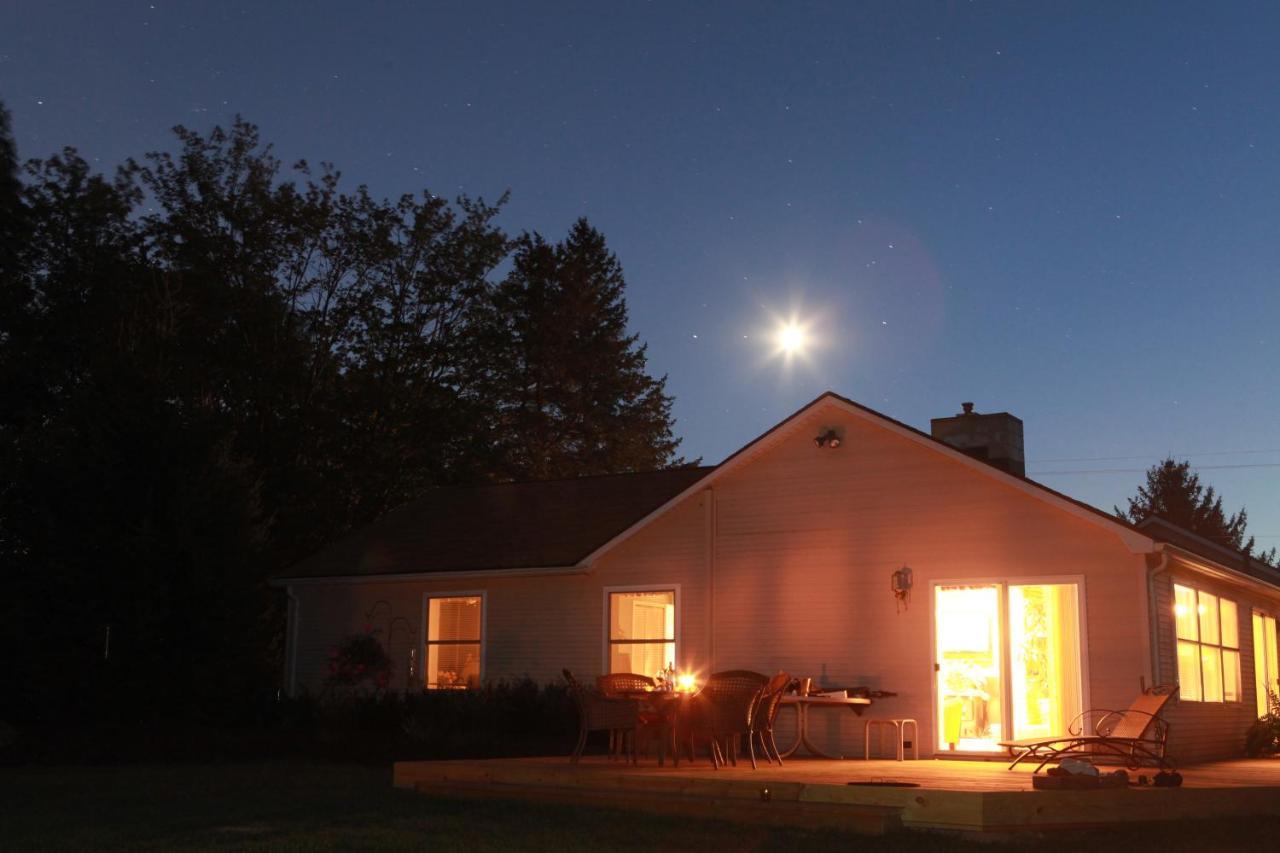Heron Pointe Guest House, White Lake, MI - Booking com