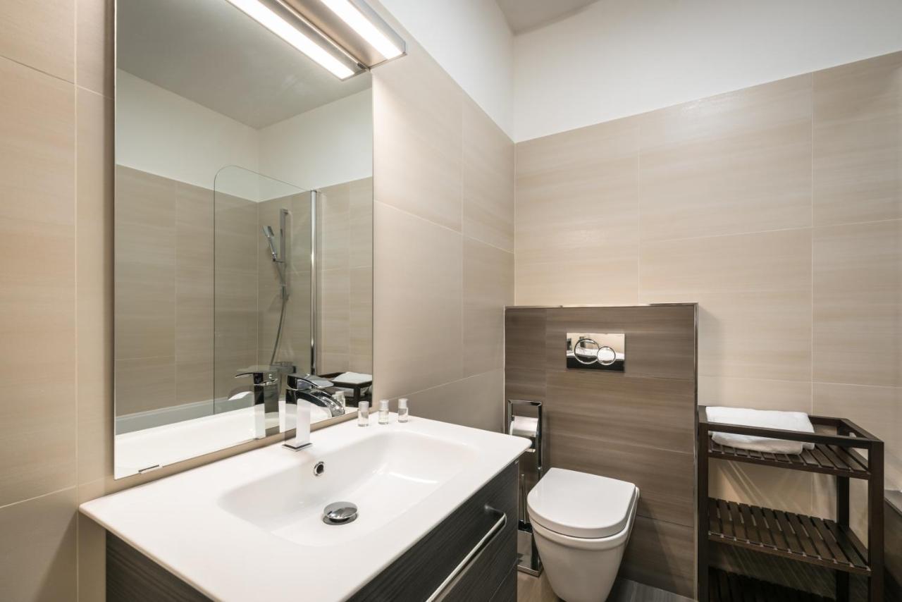 Apartment Luxury Modern Designed Oldtown Apar, Prague, Czech ...