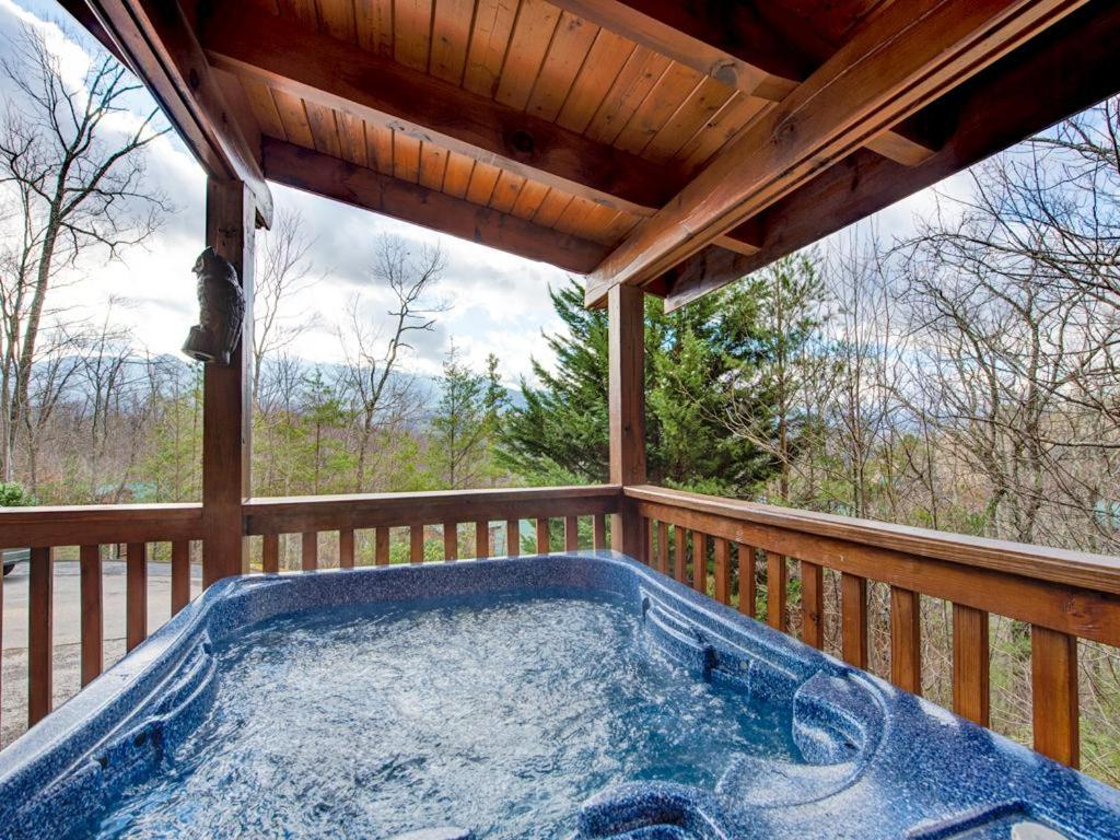photo cabin rental their in campbell gatlinburg cabins station sleeps media cover id home updated tn