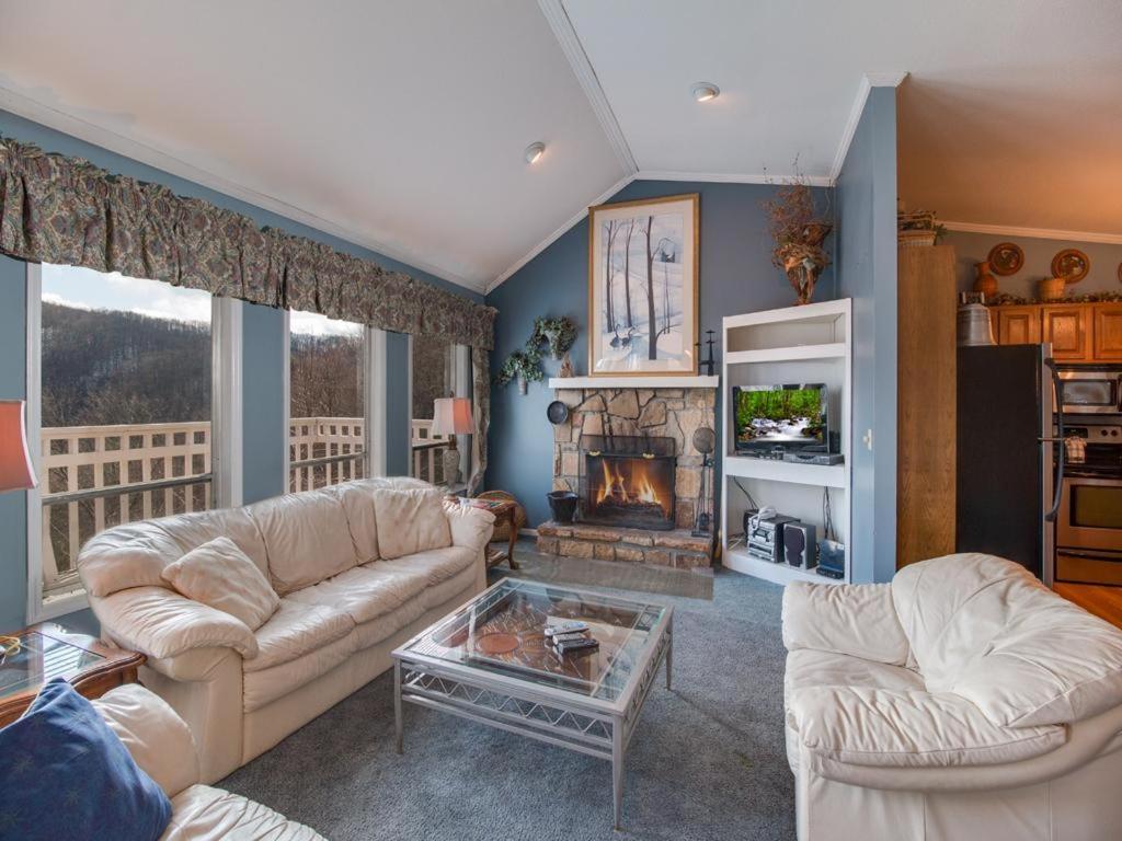 Sky Villa- Three-Bedroom Cabin, Gatlinburg, TN - Booking.com
