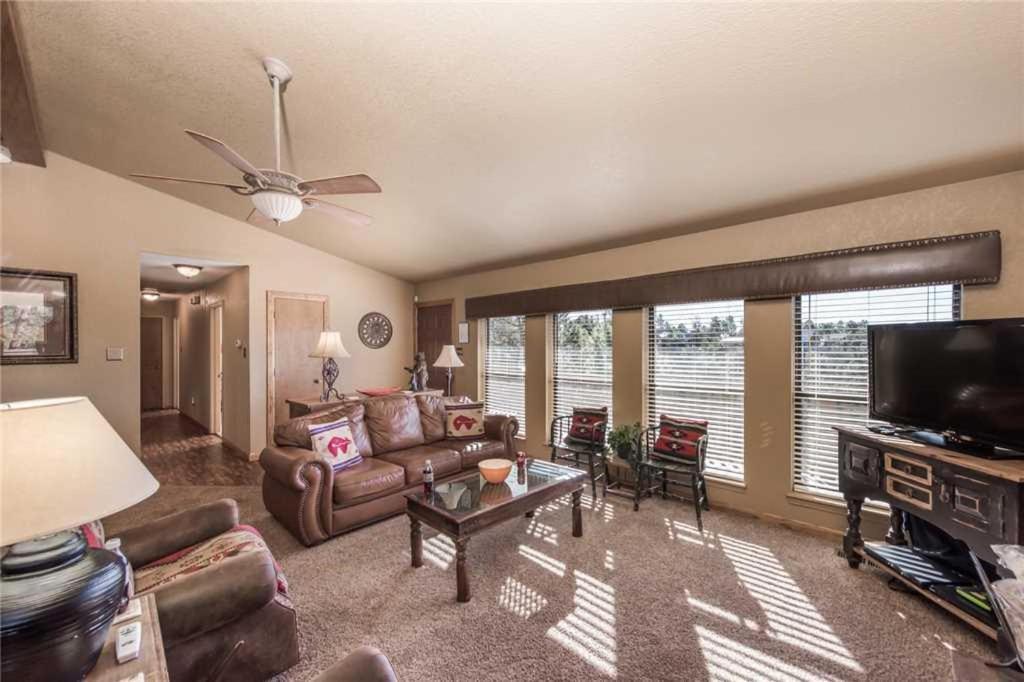 White Mountain Escape Three Bedroom Holiday Home, Ruidoso, NM   Booking.com