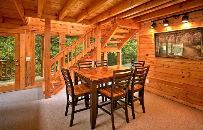 Good Vacation Home Creekside Romance  One Bedroom Cabin, McCookville, TN    Booking.com