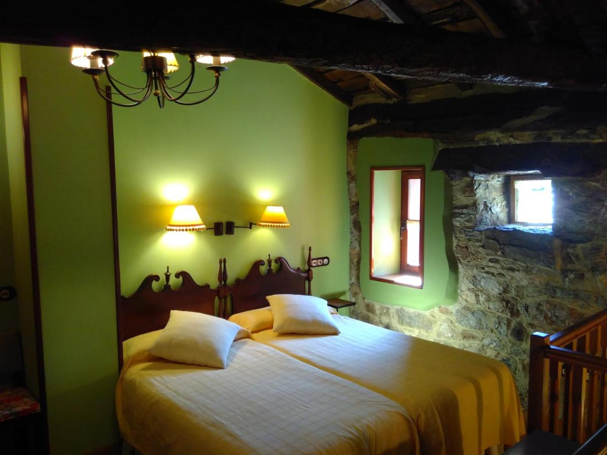 Hotels In Robles De Laciana Castile And Leon