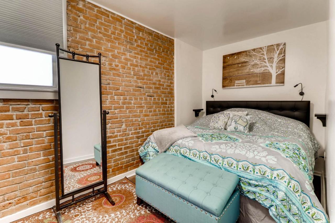 Apartment City Nights - LIBRA, Colorado Springs, CO - Booking.com