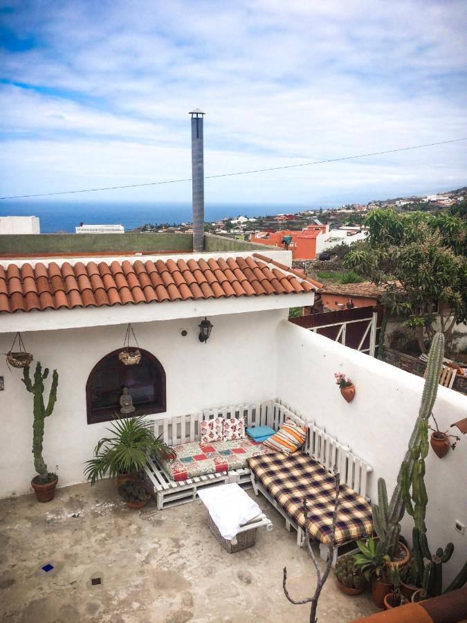 Guest Houses In Los Carrizales Tenerife