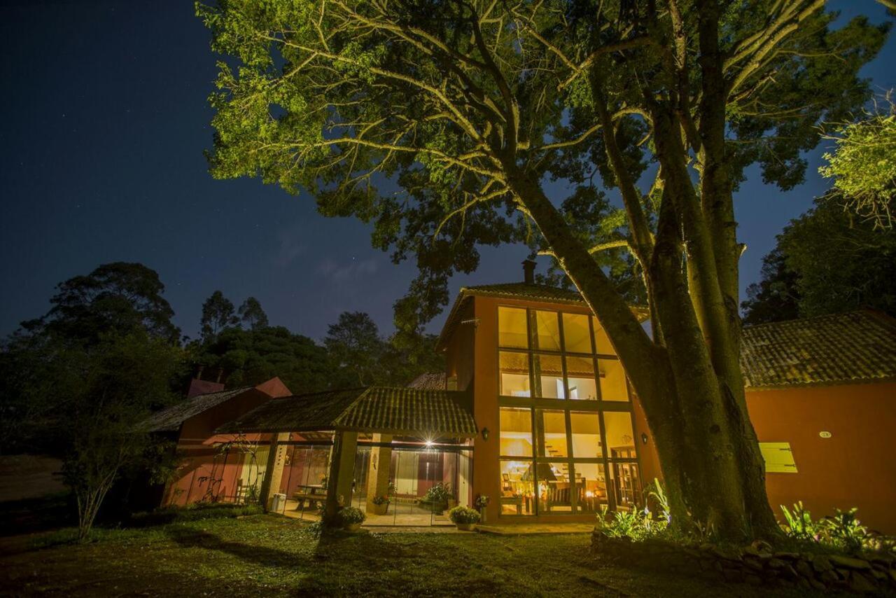 Guest Houses In Roseiras Minas Gerais