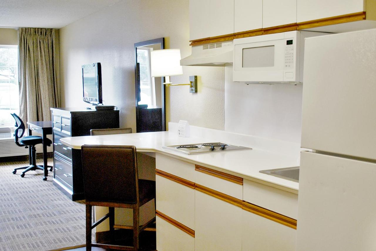 Hotel StayAmerica Boston, Burlington, MA - Booking.com