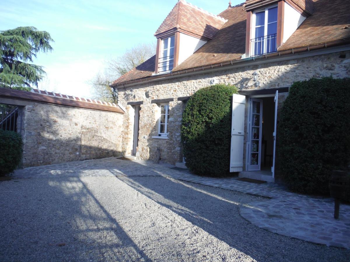 Guest Houses In Orgeval Ile De France