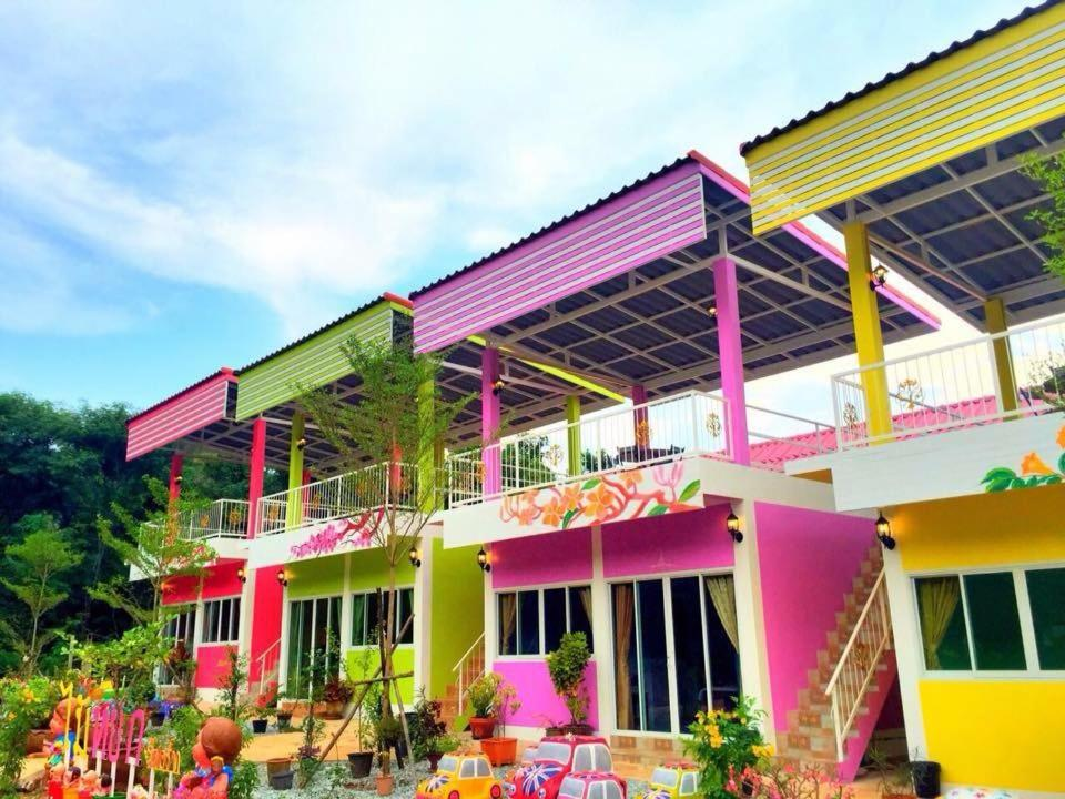 Resorts In Si Racha Chon Buri Province