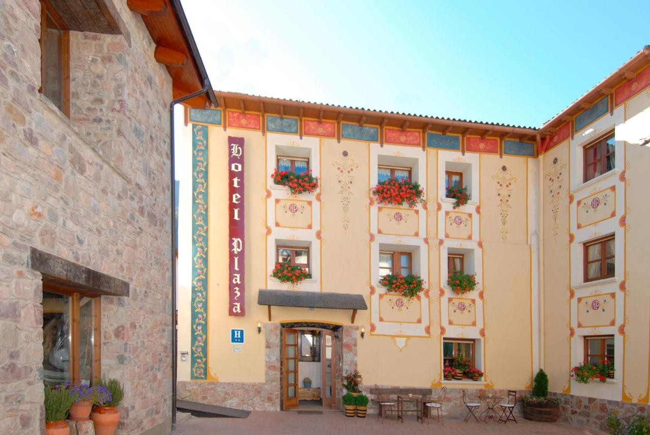 Hotels In Lirí Aragon
