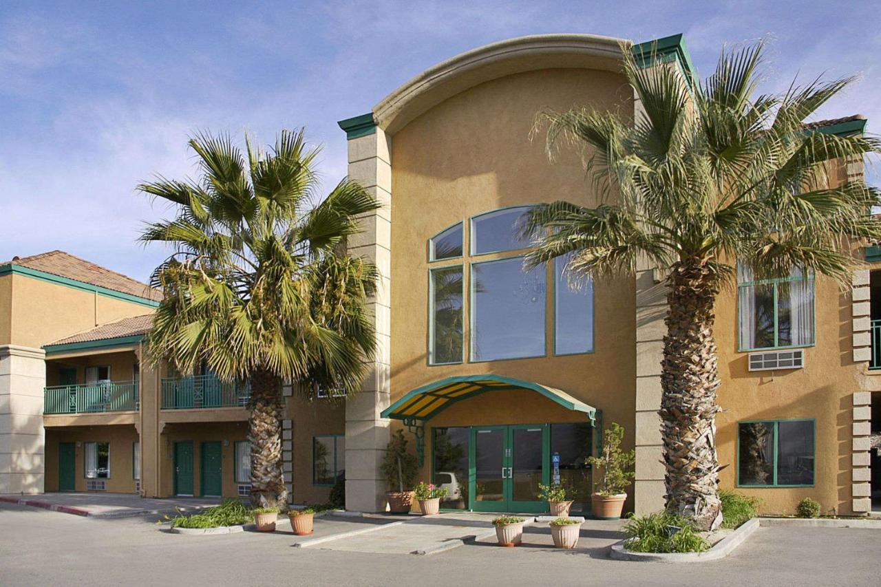 Pavilion Inn, San Jose, CA - Booking.com