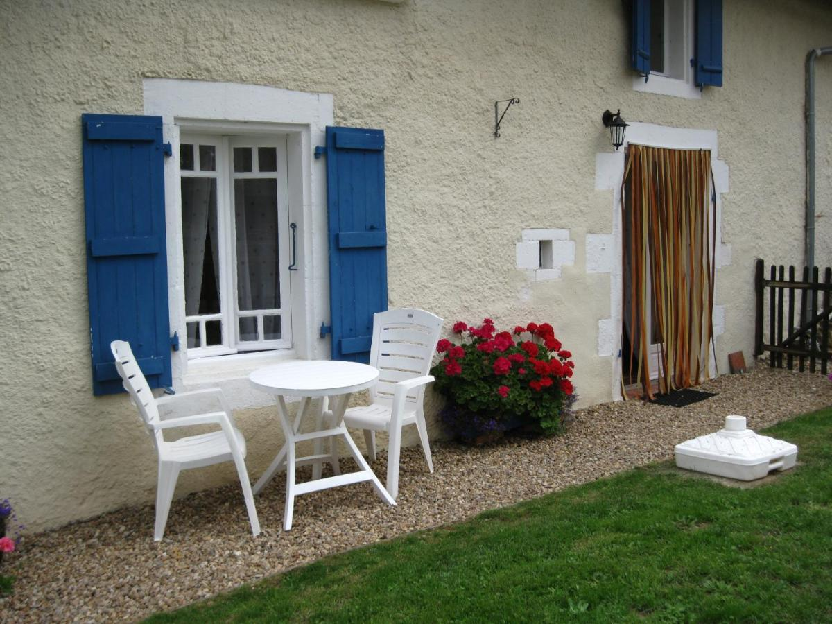 Guest Houses In Roland Poitou-charentes