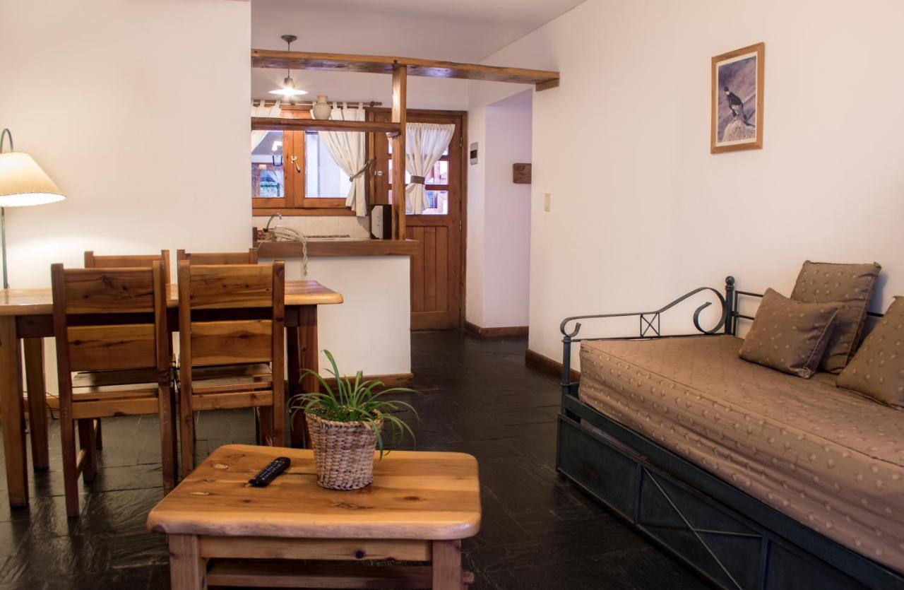 Nahuel home decor s language
