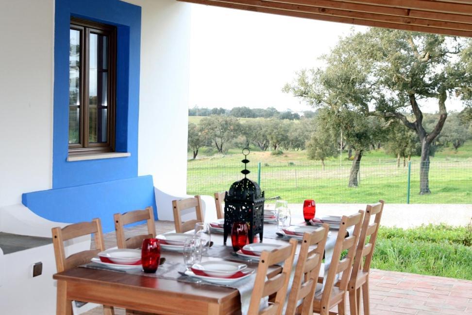 Monte Azul - Casas de Campo do Junqueirinho (Portekiz Bicos ...