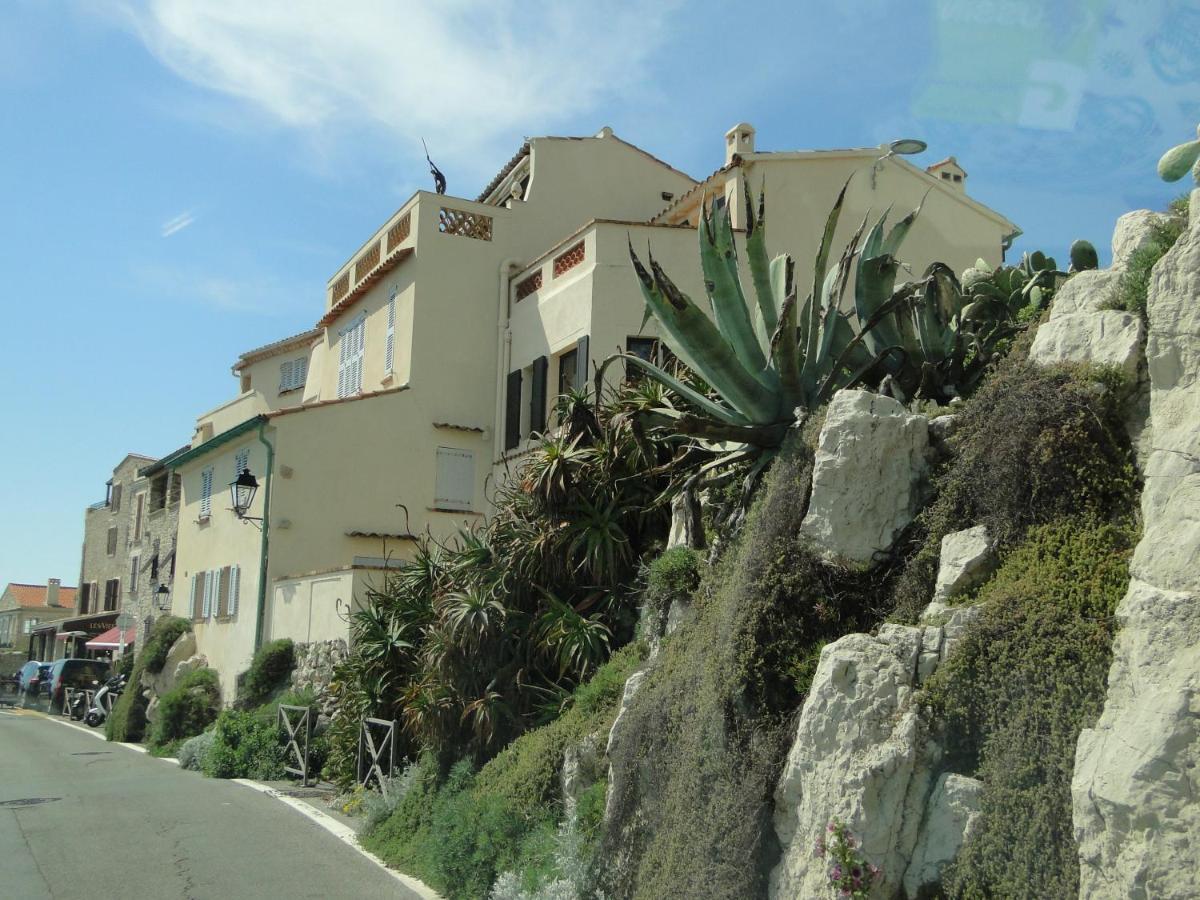 Appartement La Tourraque côté mer (Frankreich Antibes) - Booking.com