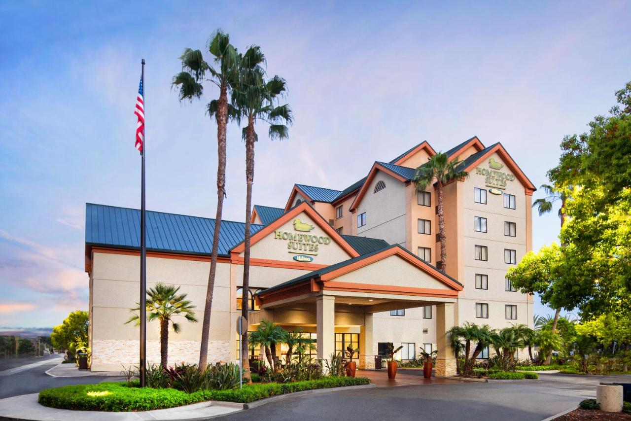 Hotels In Del Prado Mobile Park Club California