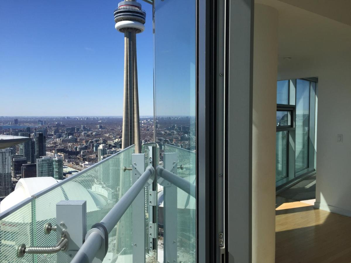 iHost Suites Ice Condo, Toronto, Canada - Booking.com