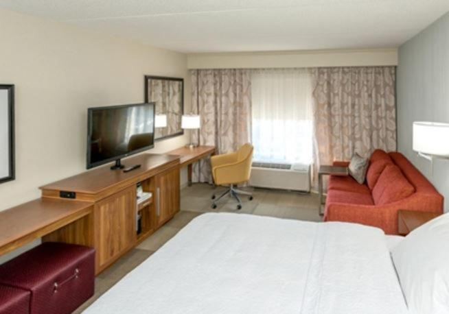 Hotels In Howell Michigan