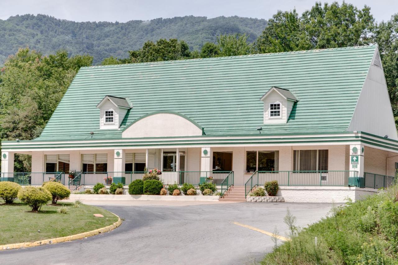 Hotels In Cruso North Carolina