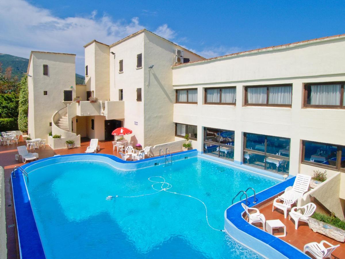 Hotels In Ucciani Corsica
