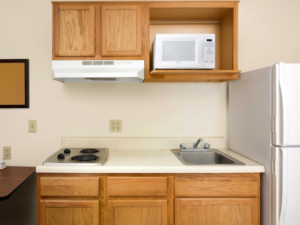 Hotel WoodSpring Suites Austin Round Rock, TX - Booking.com