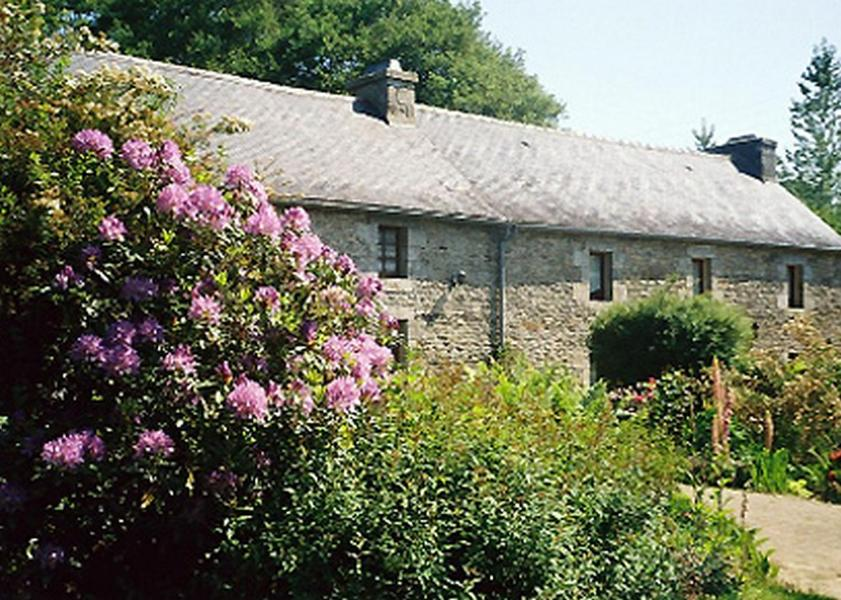 Bed And Breakfasts In Plouyé Brittany