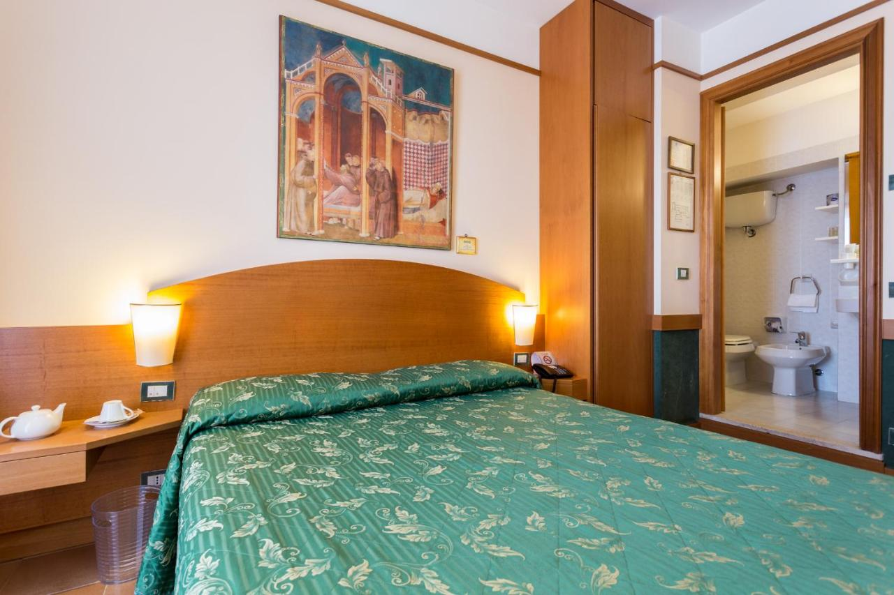 Hotel La Terrazza, Assisi, Italy - Booking.com
