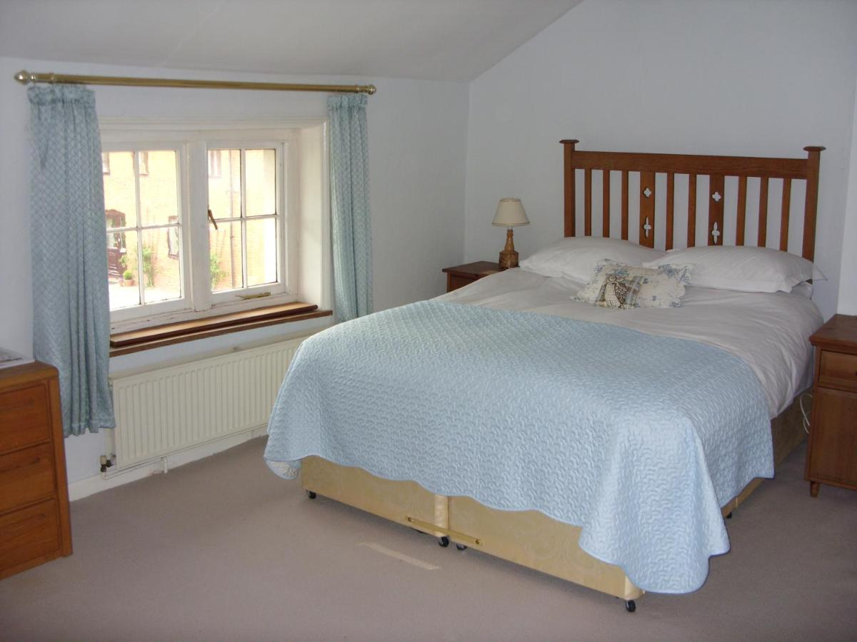 Bed And Breakfasts In Saint Devereux Herefordshire