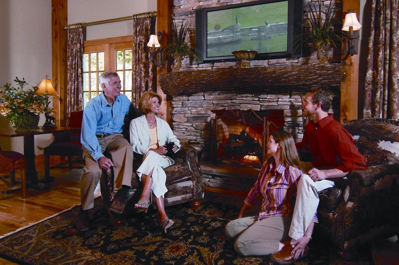 Hotels In Pineola North Carolina